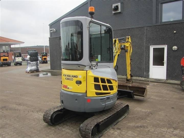 New Holland E26B - 2011 - image 5