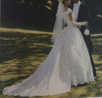 bbb0d97931 Suknia ślubna typu księżniczki rozmiar 36 38 kolor ecru z dodatkami