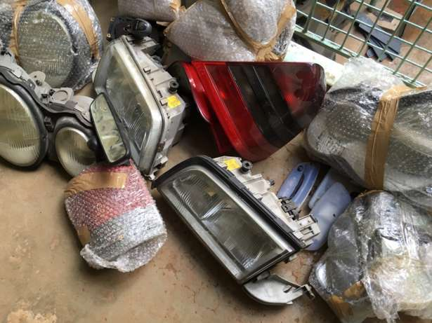 Mercedes Benz lights and wipers available Ngara - image 4