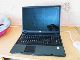 HP Compaq Notebook like new with bag and charger