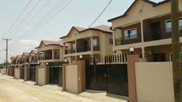Executive newly built 3bedroom semi detached house for sale at Oyarifa