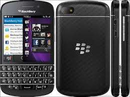 Blackberry Q20 classic 28,500/= 1 year warranty in a shop