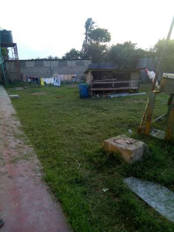 For sale 20 units of bedsittr in Bamburi and additional land beside it Bamburi - image 4
