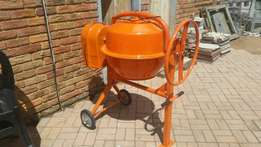 Concrete mixer brand new