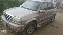 Perfectly working Neatly used 2004 SUZUKI jeep, for sale N850,000