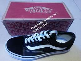 Original vans sneakers on payment on delivery
