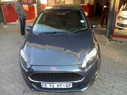 2009 Ford Fiesta 1.4, Color Blue, Prince R82,500.