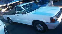 Ford Courier 2lt