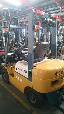 HELI-CHL 1,8 TON Forklift DECEMBER MADNESS SALE!! R 182 595 excl Kempton Park - image 1