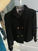 a3906a2a1b Zara krótki płaszczyk peleryna naszywki