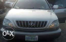 very sharp lexus RX300 for sale