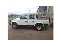 2011 Land Rover Defender R259,995