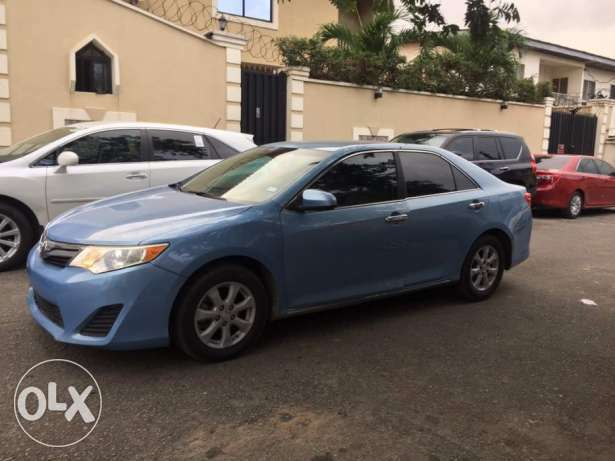 Super clean toks 2013 camry Maryland - image 4