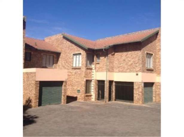 3 bedroom townhouse for sale Centurion - image 3