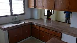 To let modern 3 bedroom apartment with ample parking space