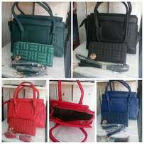 Hand bag 2 in 1 only black in stock