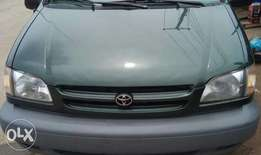 1999 tokumbo Toyota sienna in perfect condition
