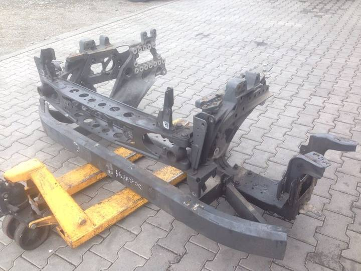 Mercedes-Benz bumper for  ACTROS MP4 truck - 2013