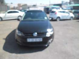 Polo 6 sunroof 1.6 2014 Model, 5 Doors factory A/C And C/D Player