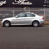 BMW 325I Sedan E90 6 Speed Manual -Immaculate condition- A MUST SEE