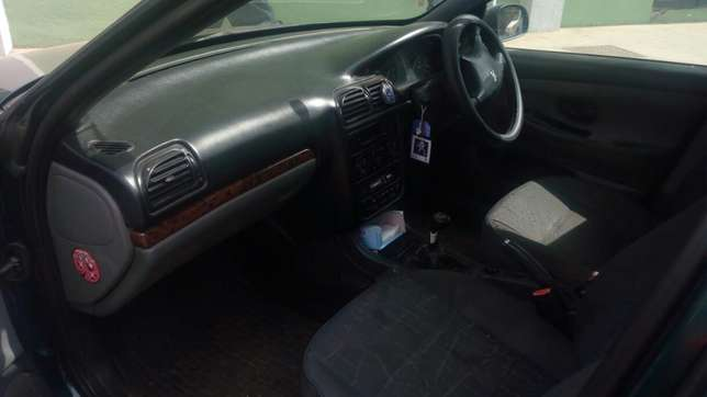 Peugeot 406 in mint condition Loresho - image 5