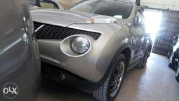 Juke 2011 model with carrier