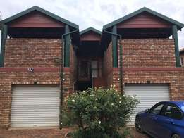 2 Bedroom Sectional Title for Sale (Doornpoort)