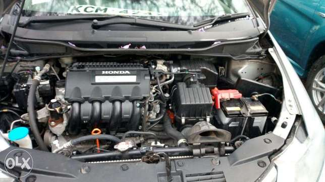Honda Insight 2010 Amazing Deal Nairobi CBD - image 3