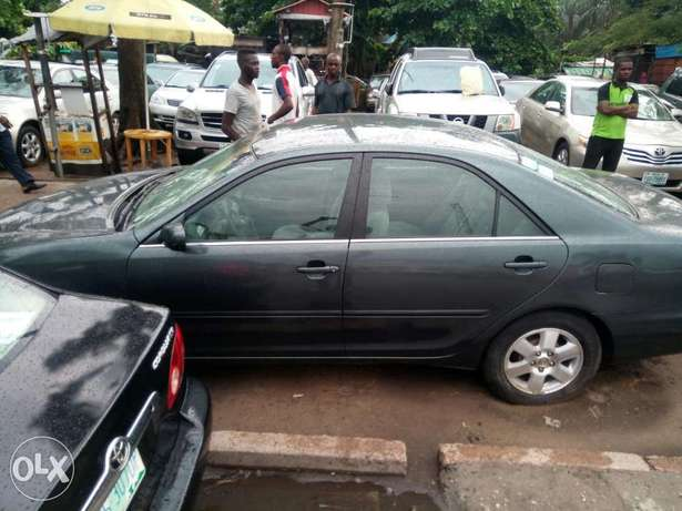 Few Months Used 2003 Toyota Camry LE For N1.4M Amuwo Odofin - image 2