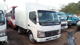 Very clean Mitsubishi canter, short chassis-local 2015 model