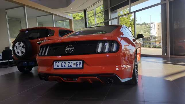 Ford Mustang 5.0 GT Fastback Auto Roodepoort - image 2
