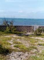 An ideal sand beach plot(2.75 acres) for sell Nyali greenwood at 290m