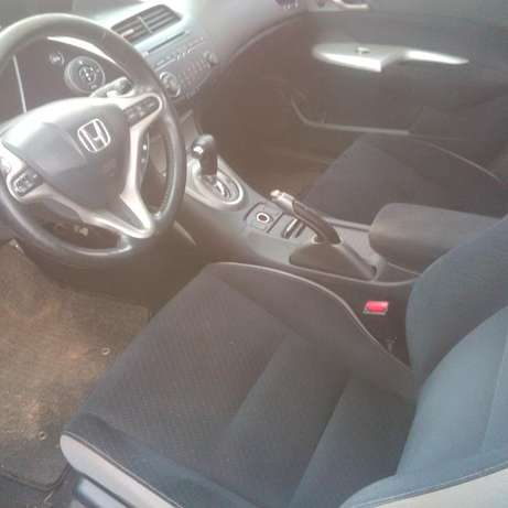 Very sweet and unique Honda Civic (06/07 model) for quick sale Kaduna North - image 7