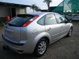 2007 Ford Focus 1.6i Ambiente 5-door for R57,000