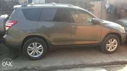 Super Clean Toyota Rav4 2010 Toks