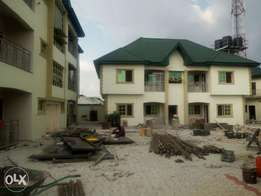 Luxury newly built standard 1 and 2 bedroom flats at sunrise Estate.