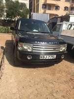 Very clean Black Rangerover Vogue (SUV) 2004 model 3.0 L diesel engine