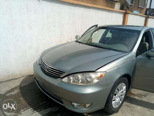 2006 toyota camry tokunbo xle ibadan south west. Black Bedroom Furniture Sets. Home Design Ideas