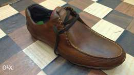 a BASE LONDON casual smart pure leather and rubber kick size 43(uk 9)