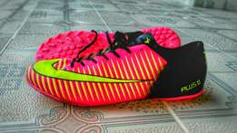 Football boots/Soccer Shoes.