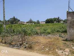 1 acre for sale nyali