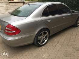 Mercedes-Benz e240 KBL grey