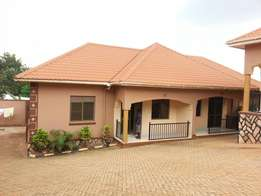 New self contained 2bedrooms in Nyanama at 800k