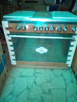 Brand new SCANFROST 6 burners gas cooker with oven