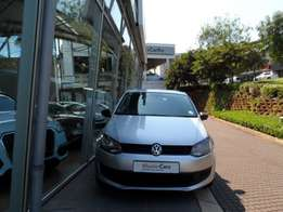 VOLKSWAGEN POLO 1.6 TRENDLINE 5DR with mags available whats app me now