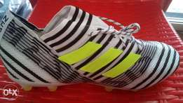Adidas (Nemesis) football boot