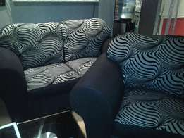 5 seater black and grey lounge suite