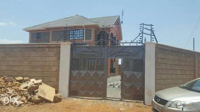 4 bedroom quick sale Kiambu Town - image 4