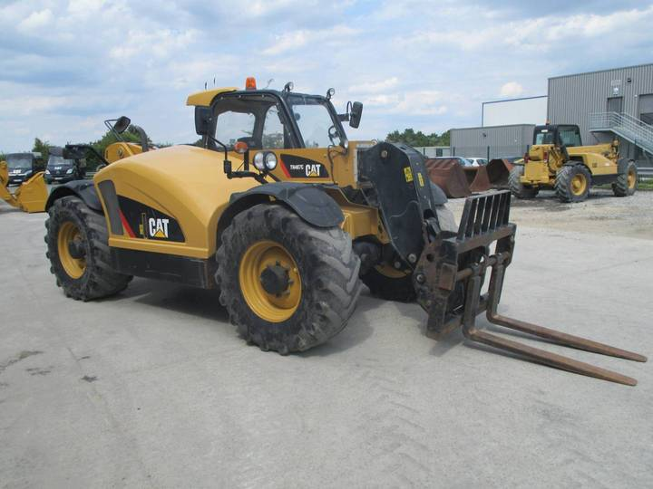 Caterpillar TH407C - 2015