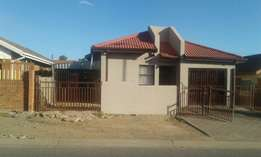 Beautiful family home in Blomanda up for grabs